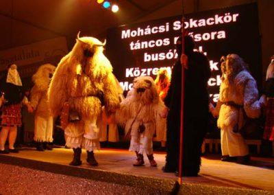 0k20080202Busojaras Busotanc Hagyomanyorzo csoport